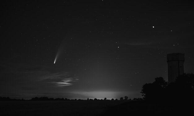 Kometa Neowise: K zemi blíže než samotné Slunce