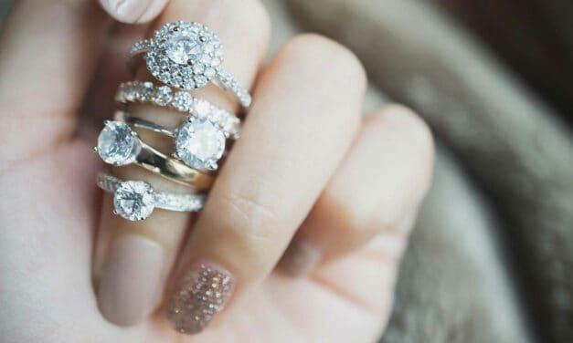 Jakou máte velikost prstenu? Tipy, jak to snadno zjistit